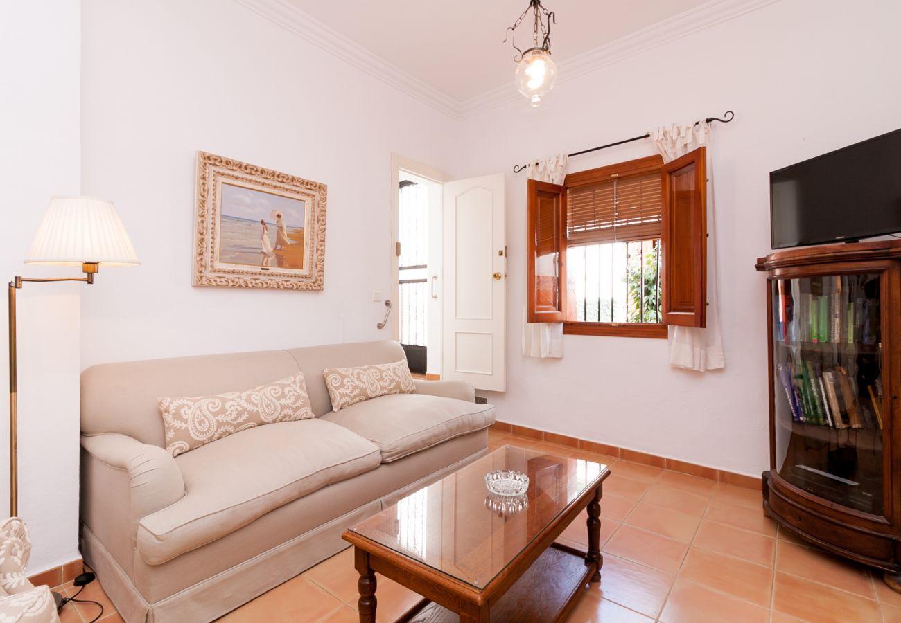 Apartamento en Nerja - Apartamento de 1 dormitorios a400 mde la playa
