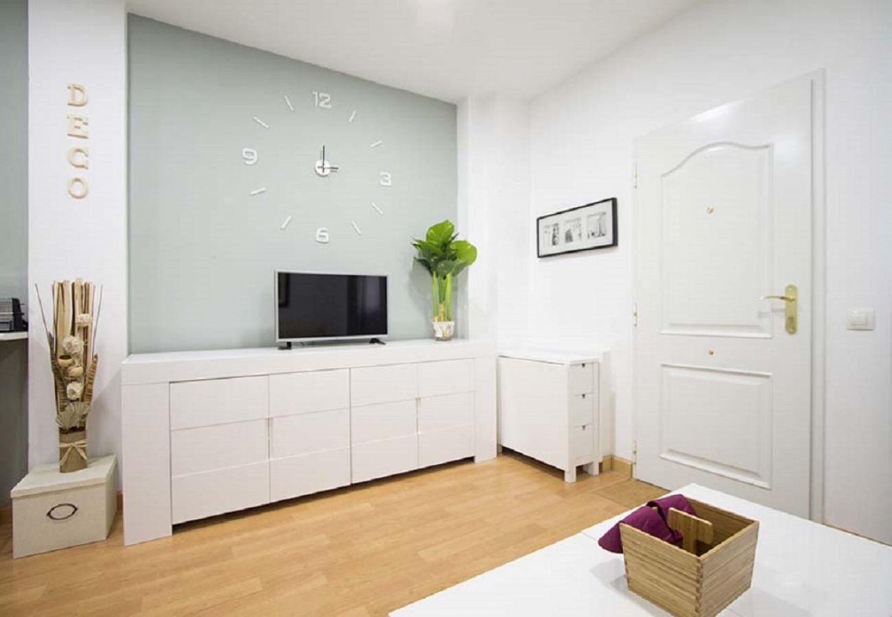 Apartamento en Madrid - CUATRO CAMINOS 01
