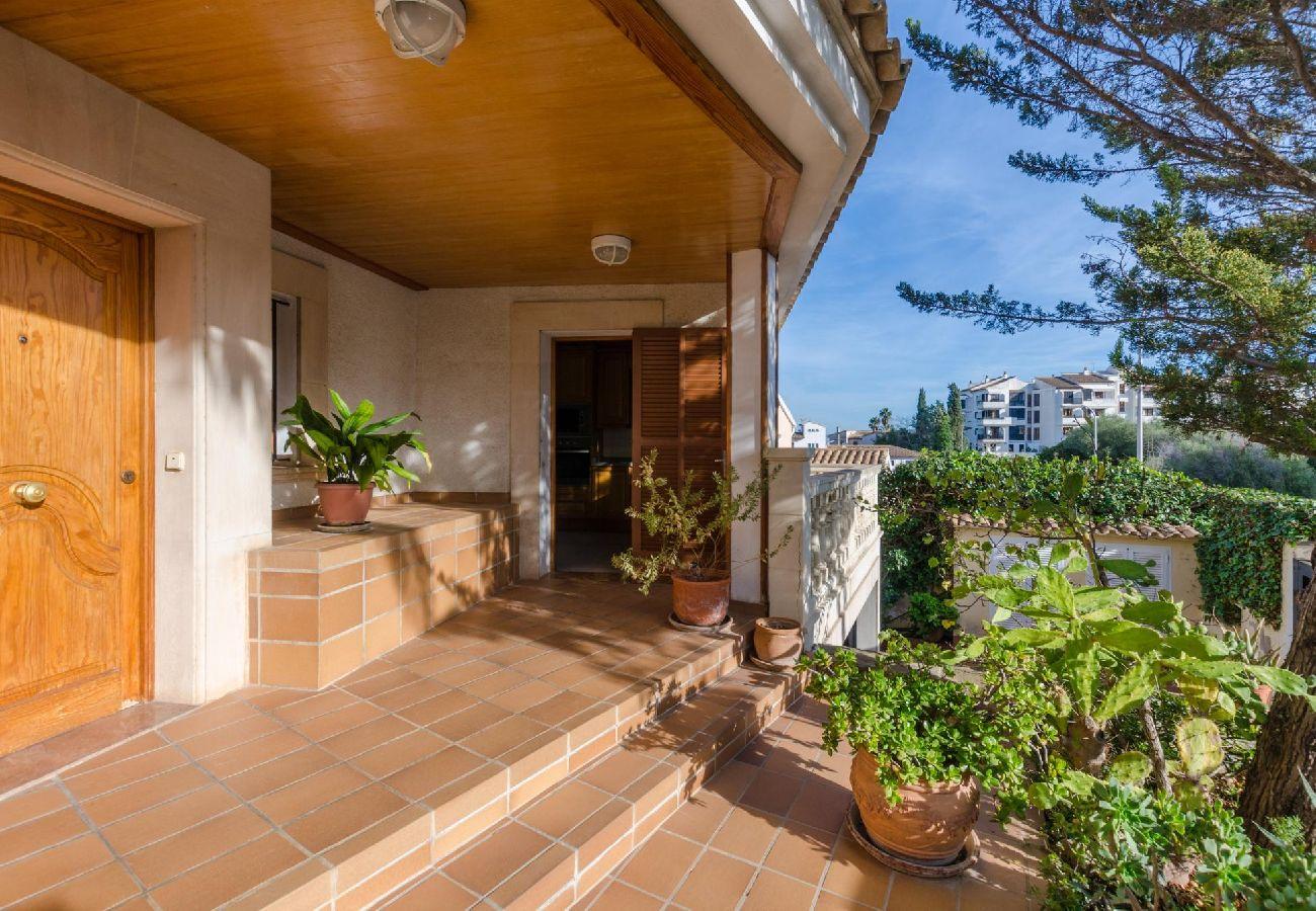 Villa en Palma de Mallorca - Villa con piscina en Palma de Mallorca