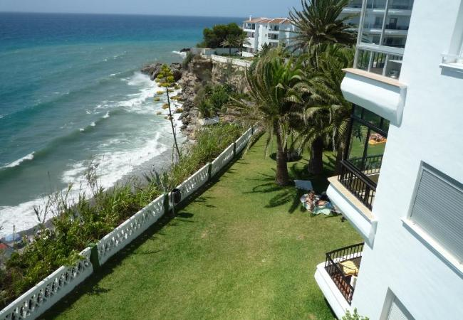 Apartment in Nerja - Apartment of 2 bedrooms to100 mbeach
