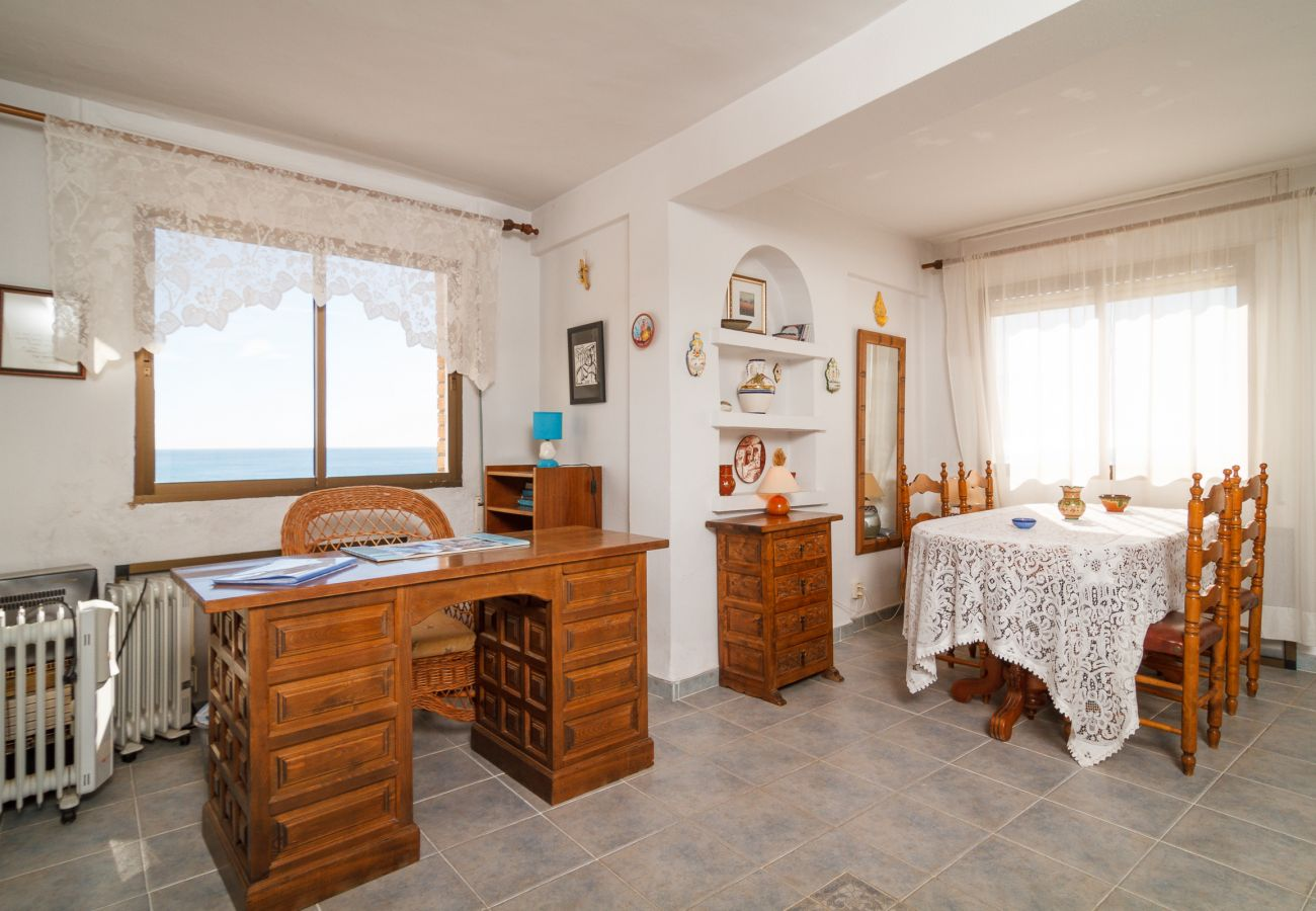 Apartment in Nerja - Apartment of 2 bedrooms to50 mbeach