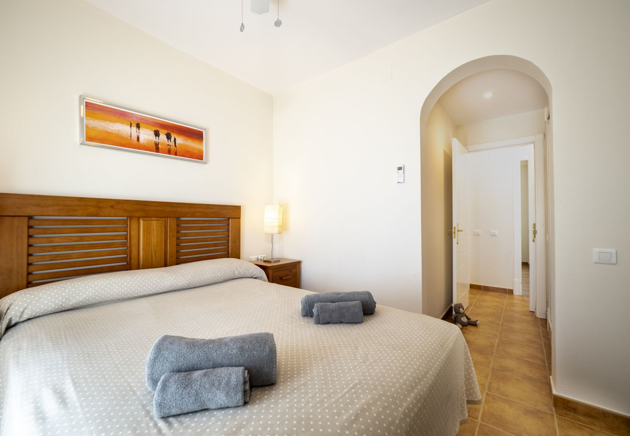 Apartment in Punta del Moral - Apartment for 6 people to150 mbeach