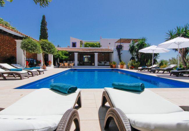 Villa in Ibiza - Villa with swimmingpool in Ibiza