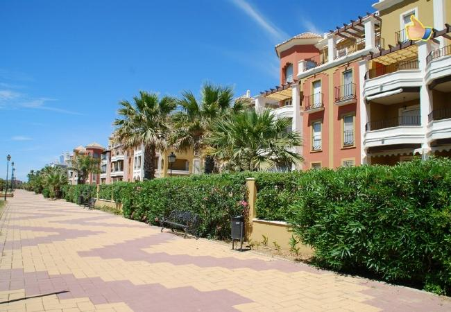 Apartment in Punta del Moral - Apartment with swimming pool to100 mbeach