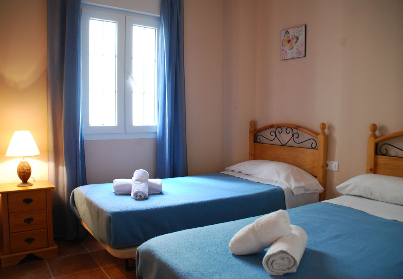 Apartment in Punta del Moral - Apartment for 5 people to150 mbeach