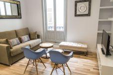Apartment in Madrid - Modern Madrid Downtown Puerta Del Sol M...