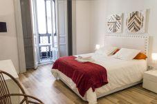Apartment in Madrid - Apartment Madrid Downtown Puerta del...