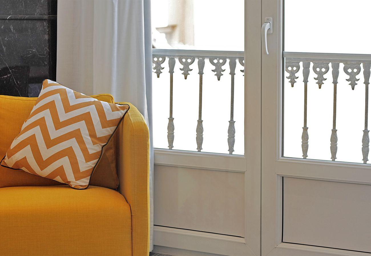 Apartment in Málaga - Plaza de la Constitución VII