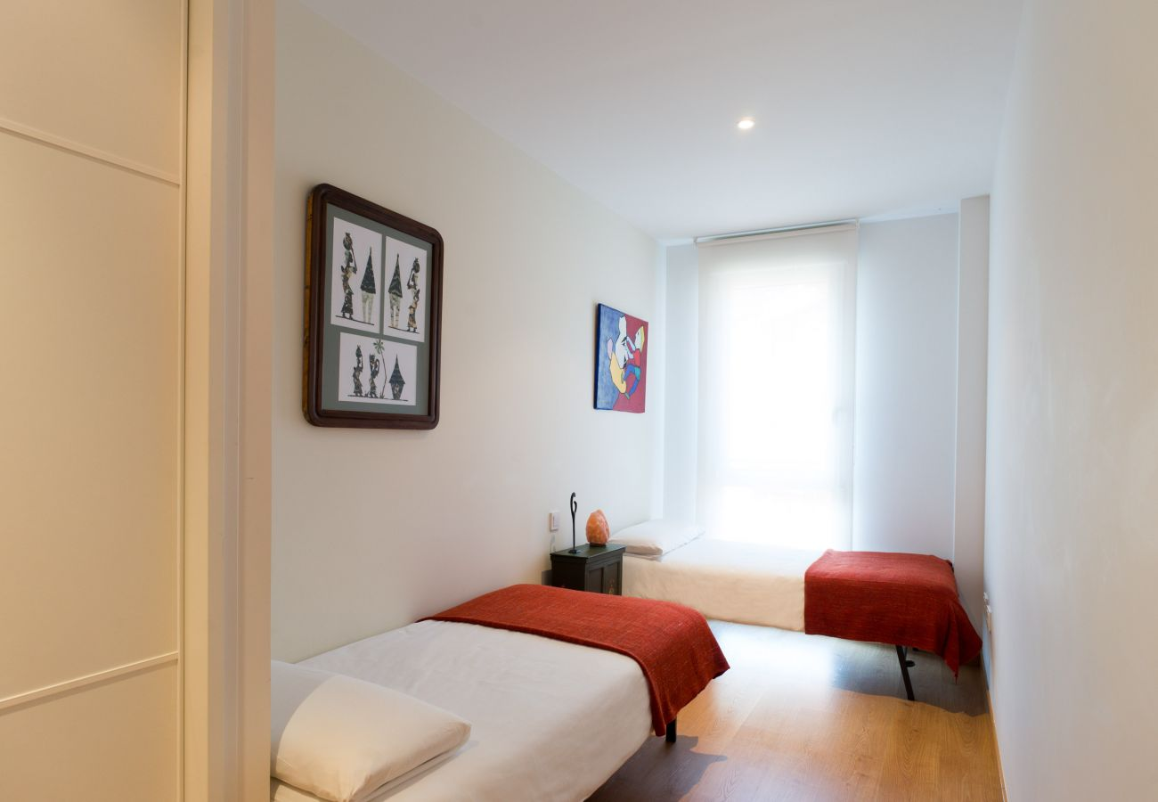 Apartment in San Sebastián - Apartment of 2 bedrooms to 800 m beach