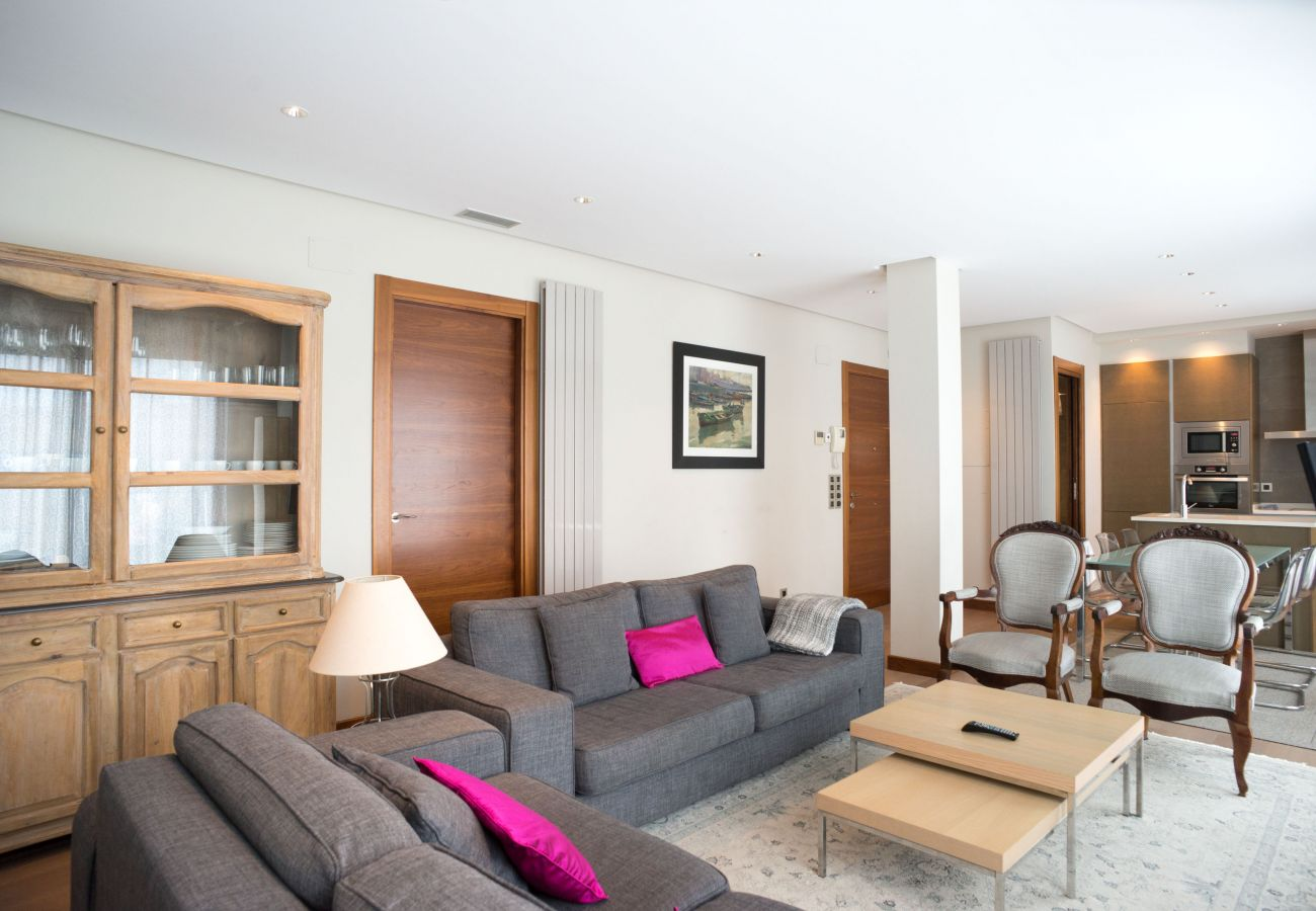Apartment in San Sebastián - Apartment of 2 bedrooms to 50 m beach