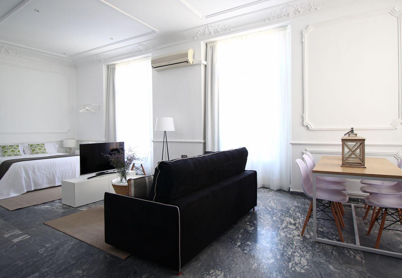 Apartment in Málaga - Plaza de la Constitución IX