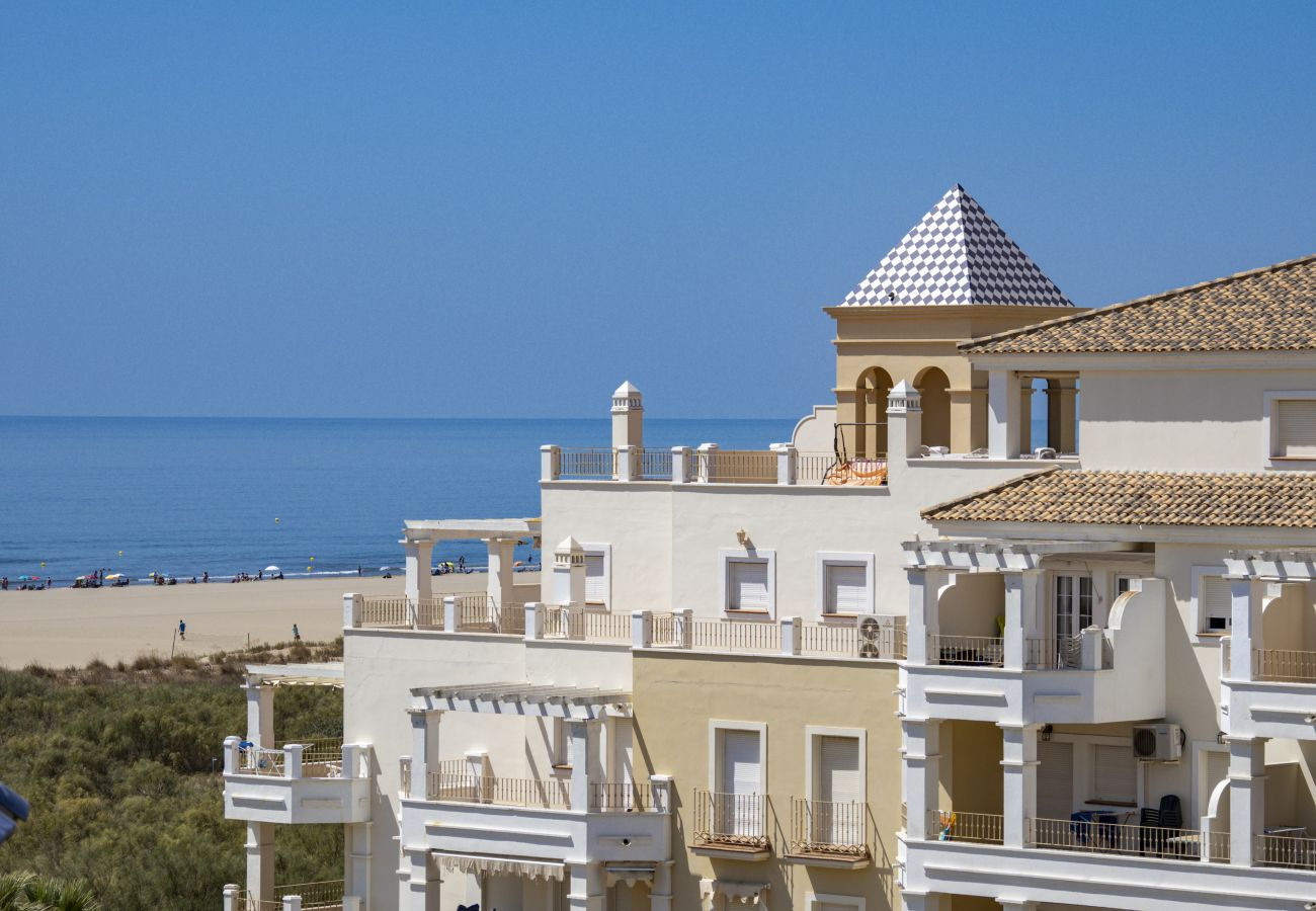 Apartment in Punta del Moral - Apartment with swimming pool to50 mbeach