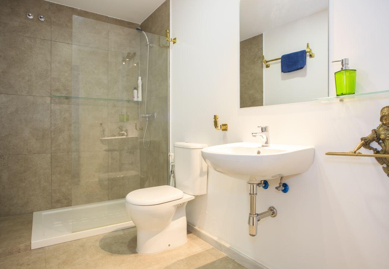 Apartment in Cádiz - Apartment of 2 bedrooms to700 mbeach