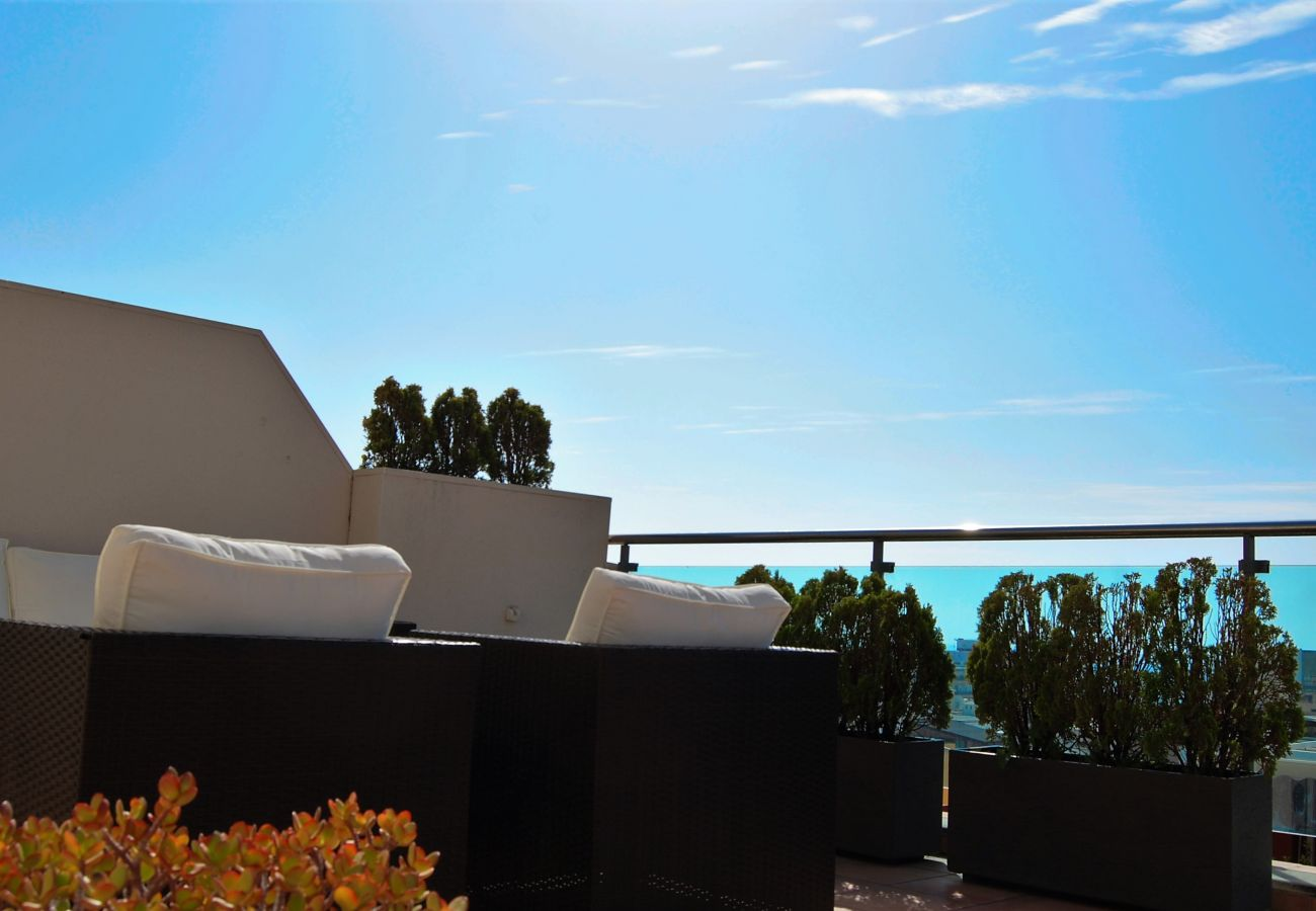 Apartment in Nerja - Apartment for 4 people to500 mbeach