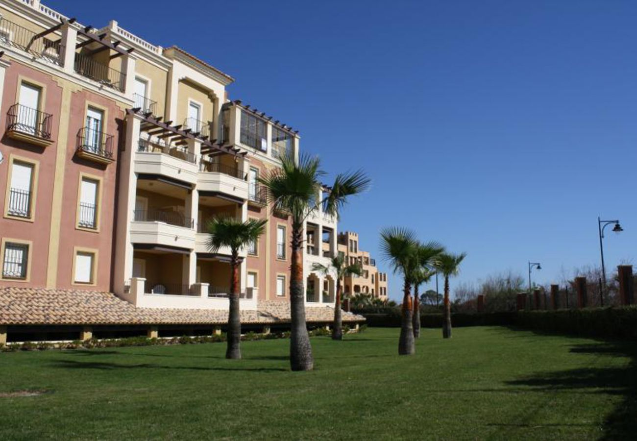 Apartment in Isla Canela - Apartment with swimming pool to50 mbeach