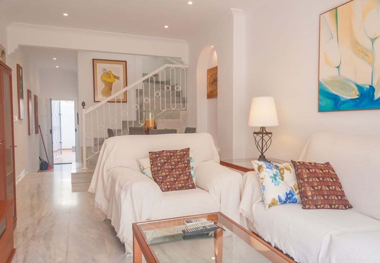 House in Nerja - House for 4 people to 500 m beach