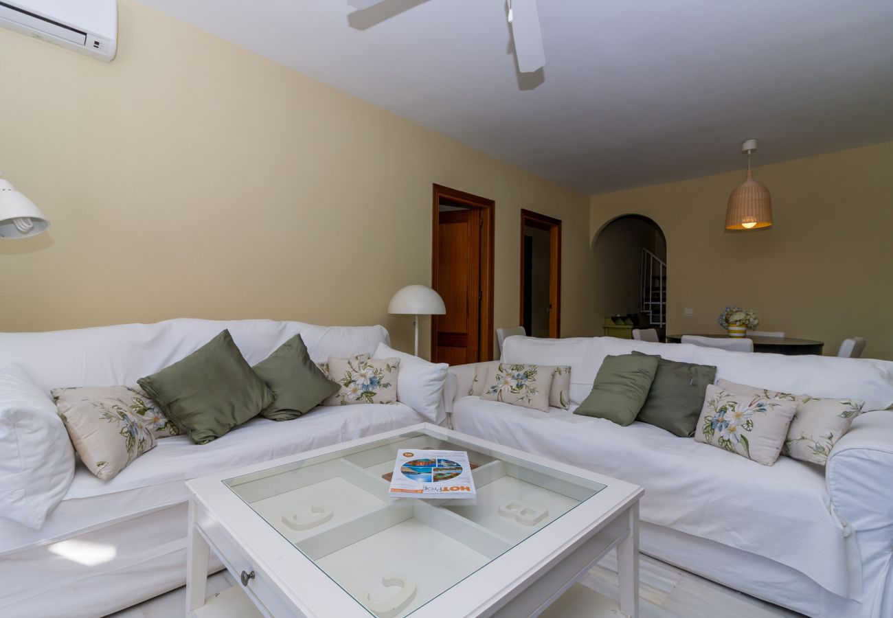 Apartment in Nerja - Apartment of 2 bedrooms to 100 m beach