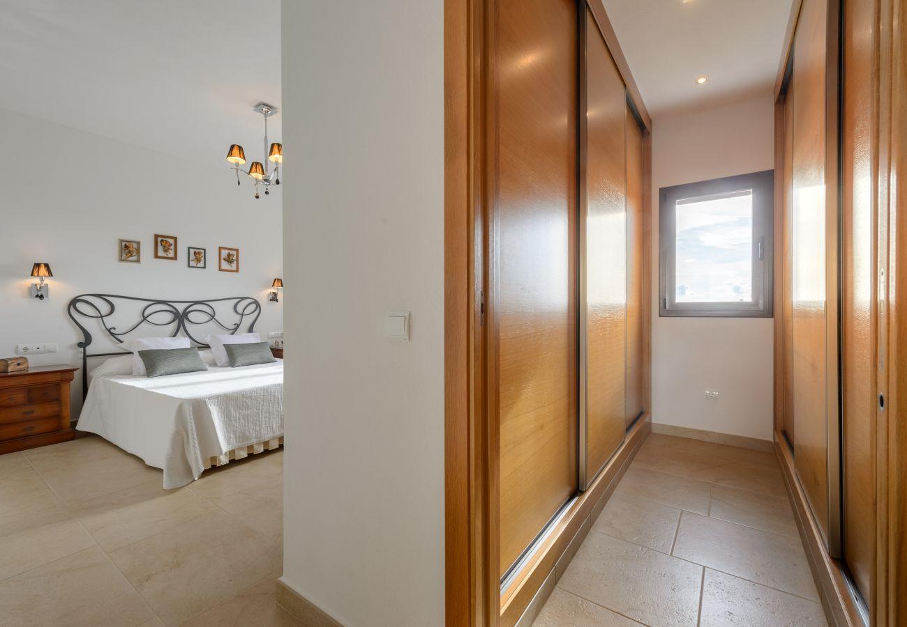 Villa in Ibiza / Eivissa - Villa for 6 people in Ibiza