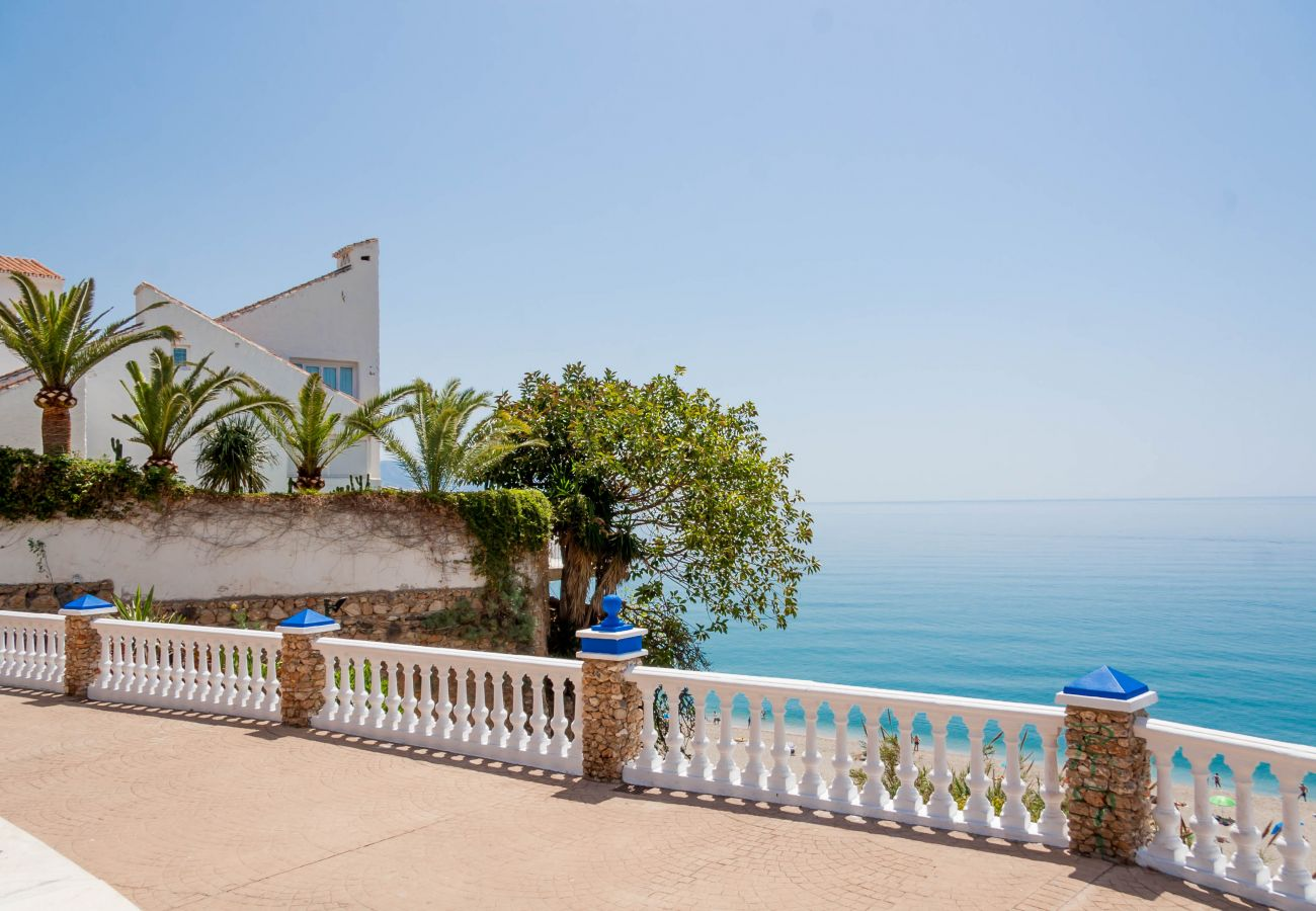 House in Nerja - House with swimming pool to 500 m beach