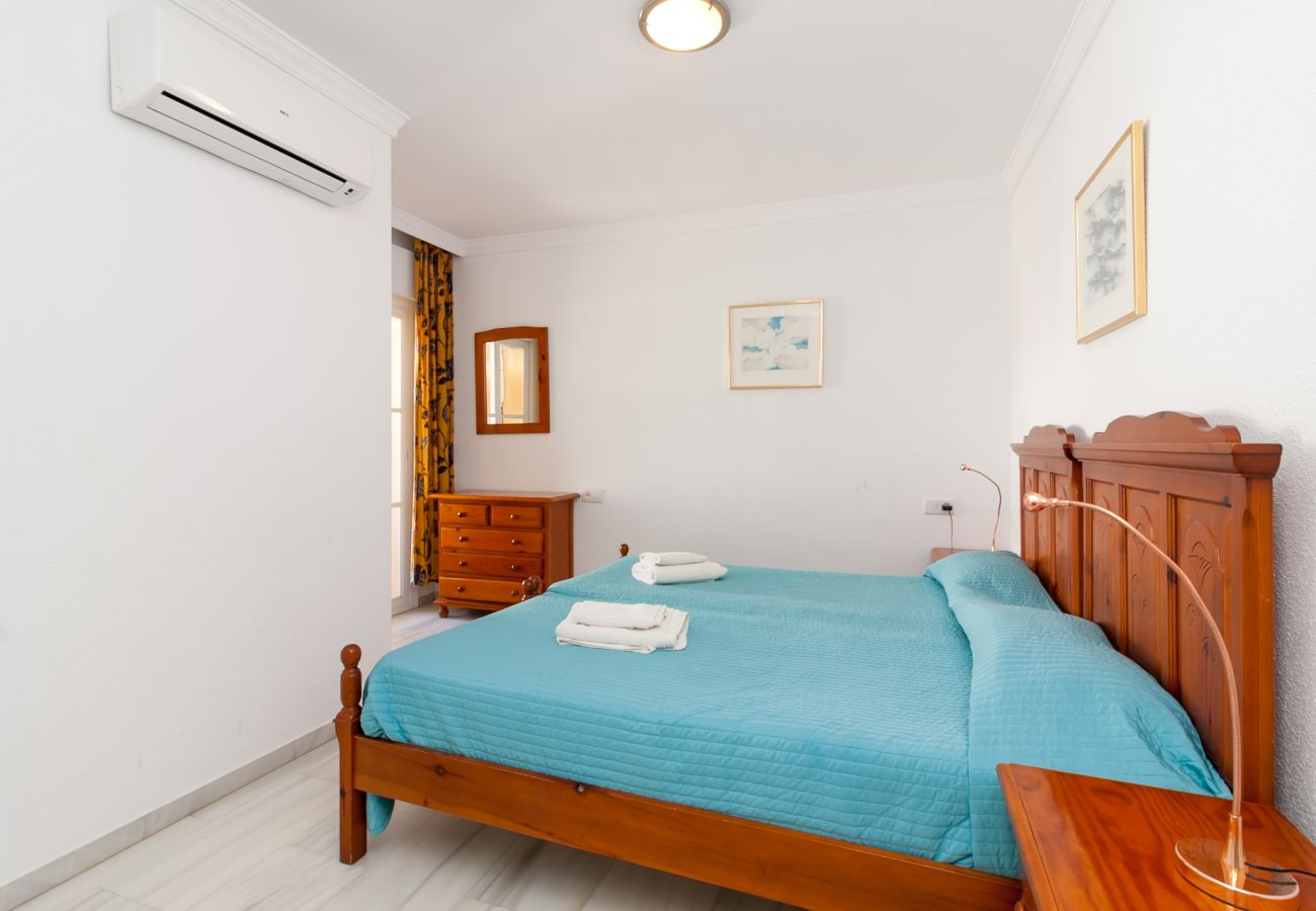 Apartment in Nerja - Apartment with air-conditioned to10 mbeach