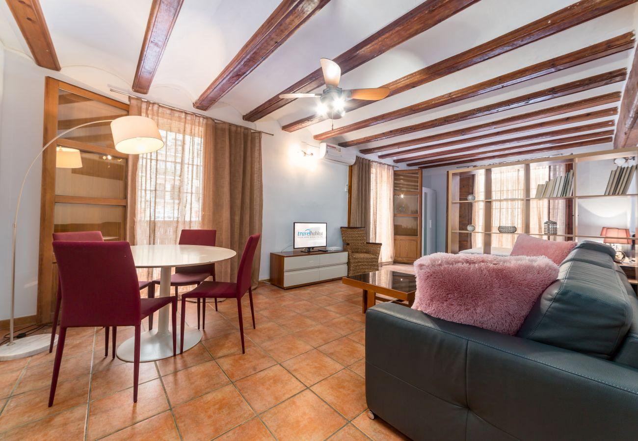 Apartment in Valencia / València - Travel Habitat Plaça del Pilar