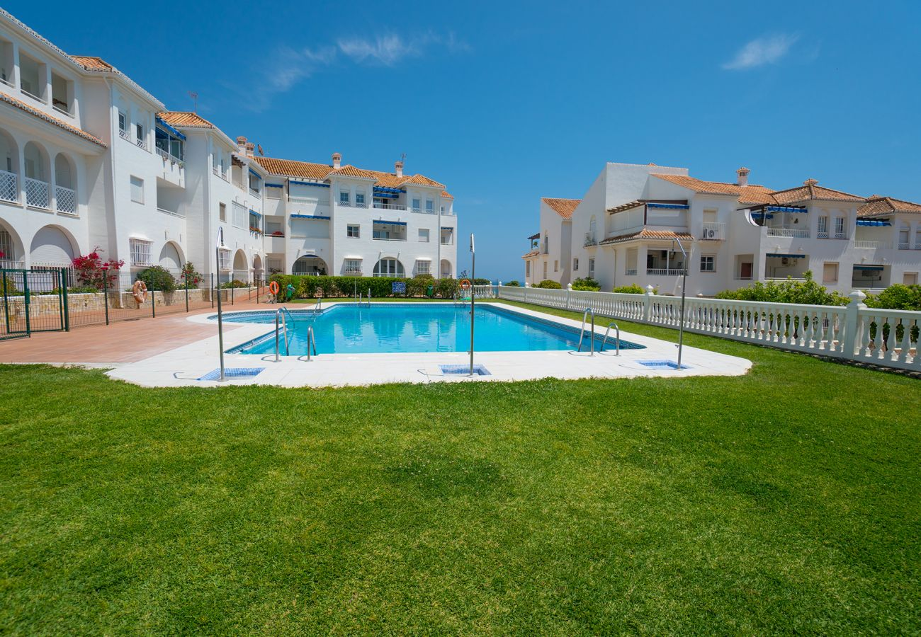 Apartment in Nerja - Apartment of 1 bedrooms to50 mbeach