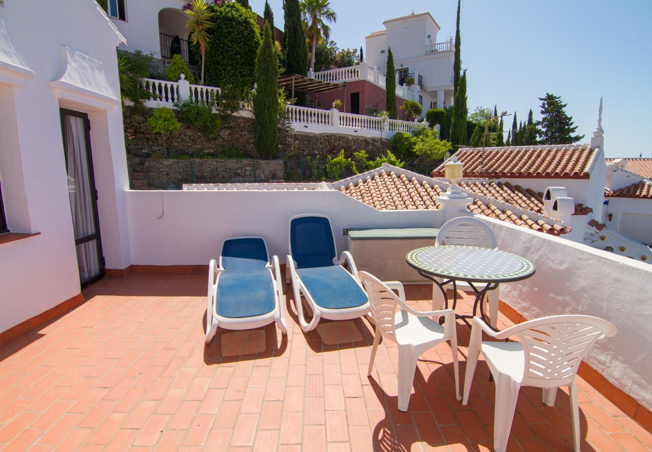 House in Nerja - House for 6 people to 300 m beach