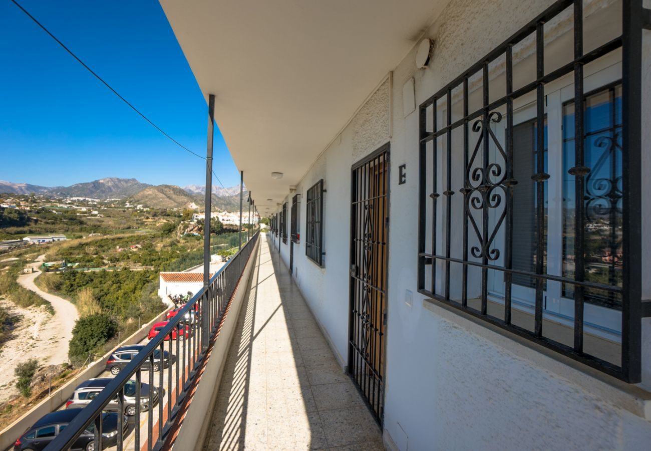 Apartment in Nerja - Apartment with swimming pool to 1 km beach