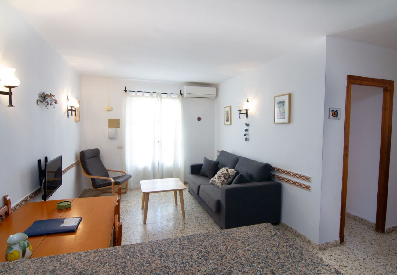 Apartment in Nerja - Apartment for 5 people to 2 km beach