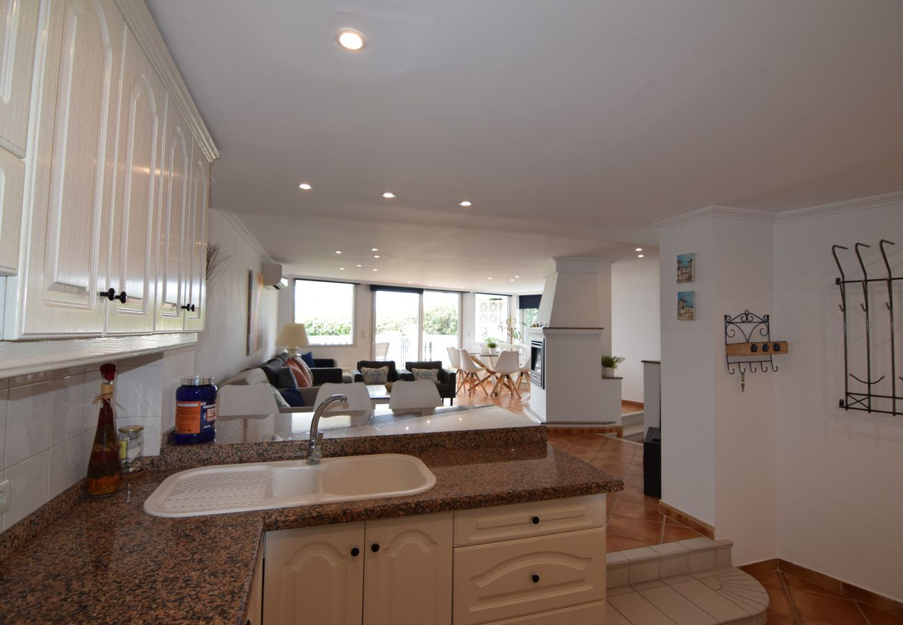 Apartment in Nerja - Apartment of 3 bedrooms to10 mbeach