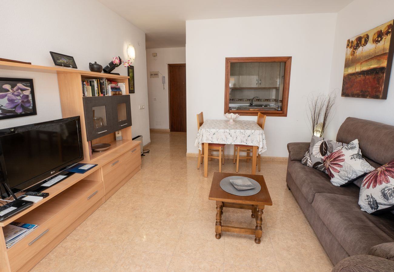 Apartment in Nerja - Apartment for 4 people to 50 m beach