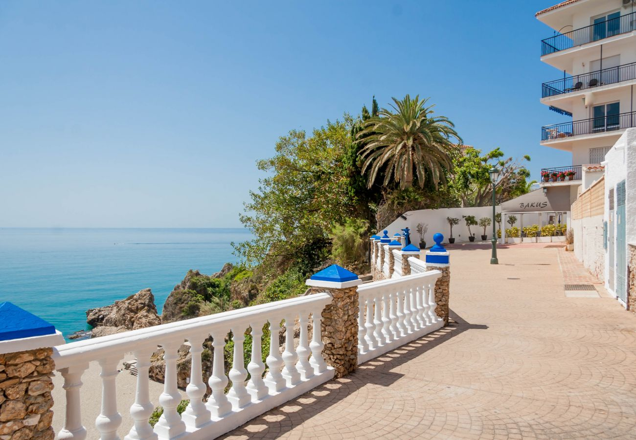 House in Nerja - House for 4 people to 50 m beach
