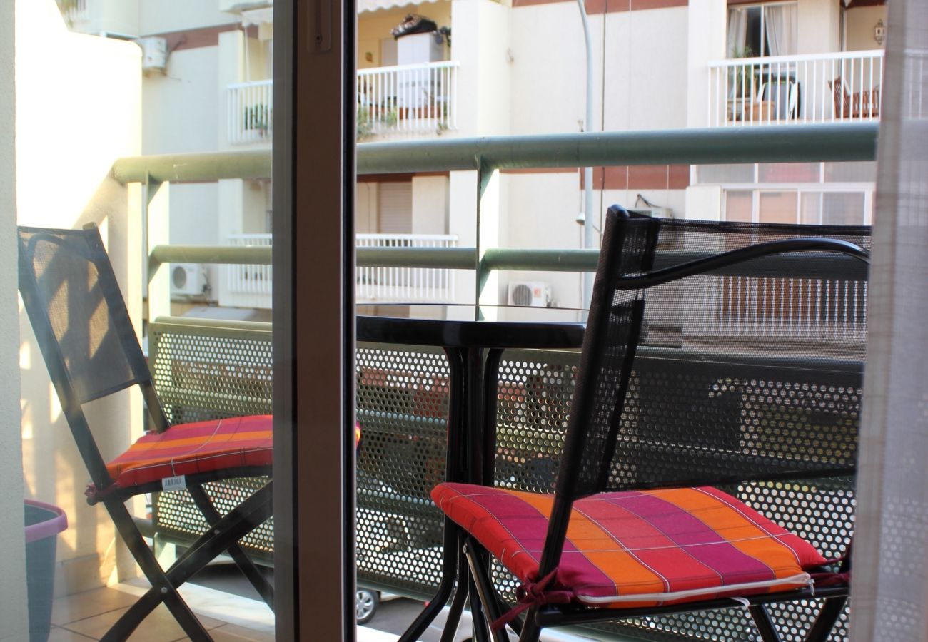 Apartment in Nerja - Apartment of 1 bedrooms to200 mbeach