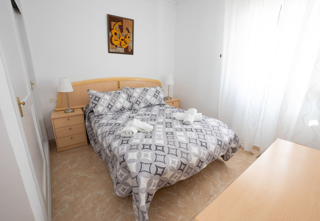 House in Nerja - House for 4 people to800 mbeach