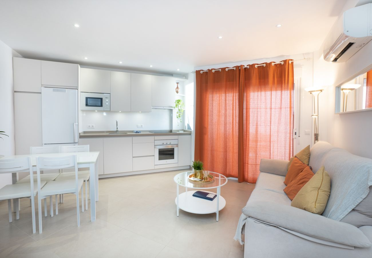 Apartment in Nerja - Apartment with swimmingpool to50 mbeach