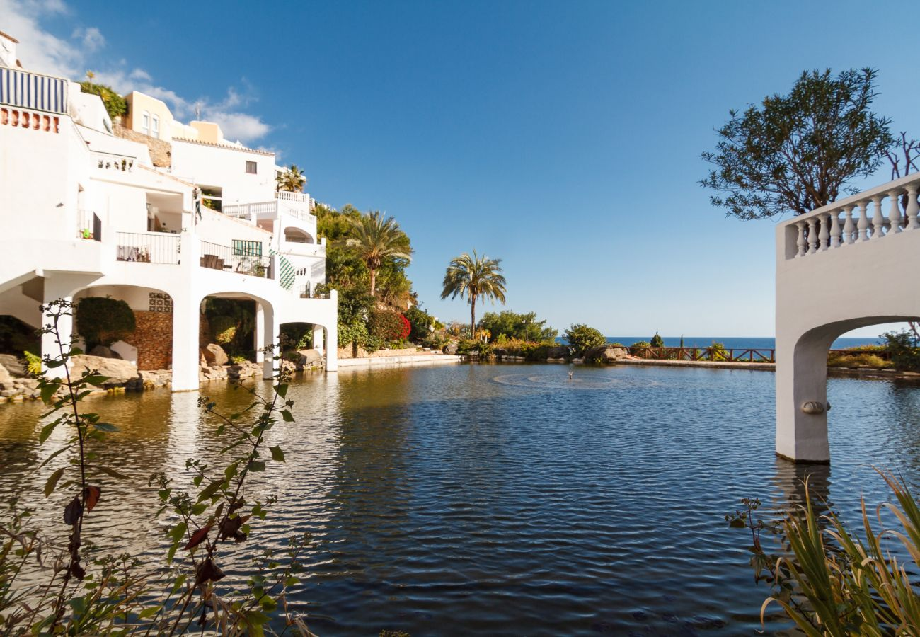 Apartment in Nerja - Apartment for 4 people to200 mbeach
