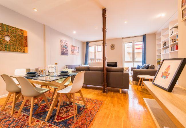 Apartment in Madrid - M (MPA14) Apartamento Nuevos Ministerios.