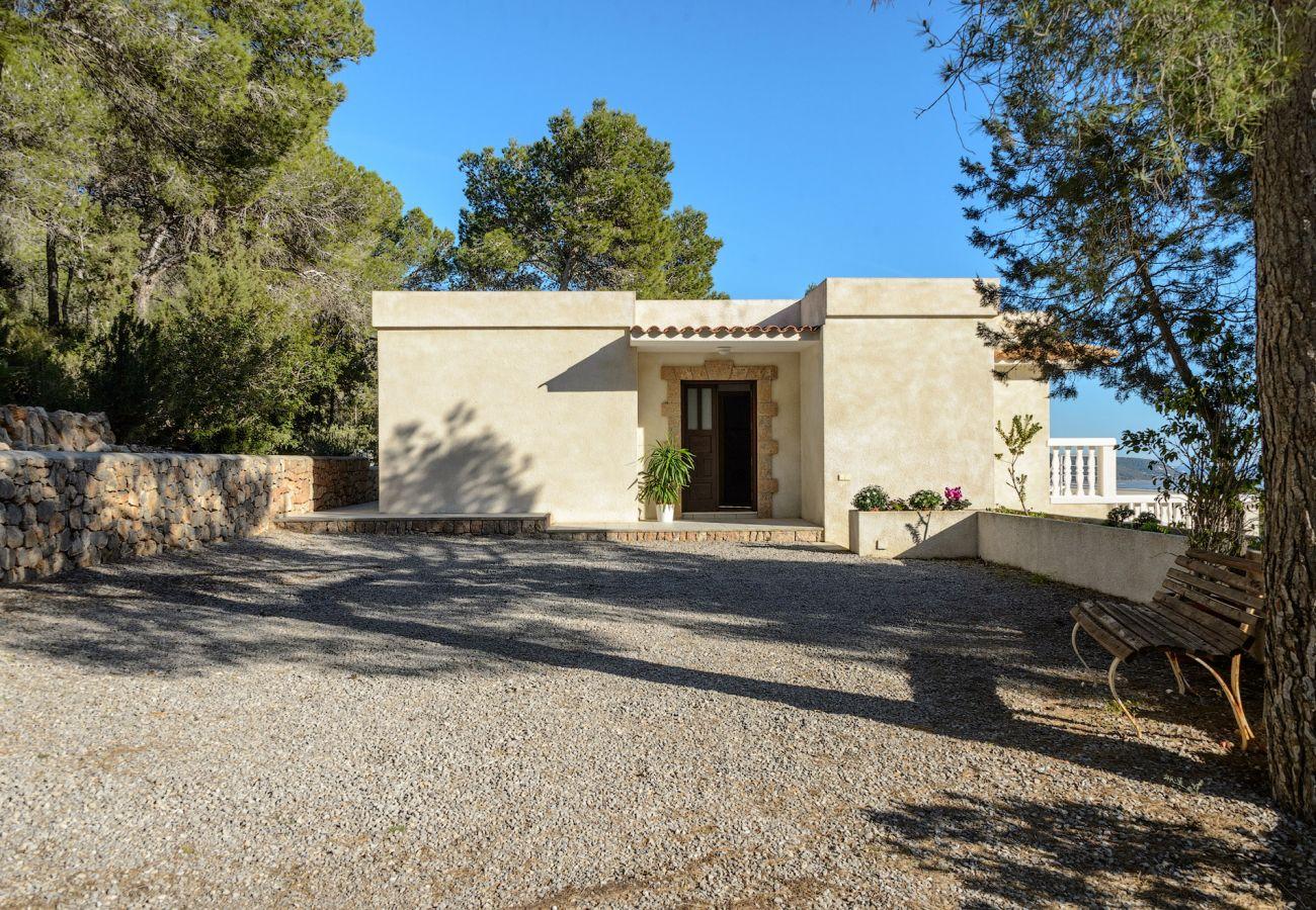Villa in Ibiza / Eivissa - Villa with swimming pool in Ibiza