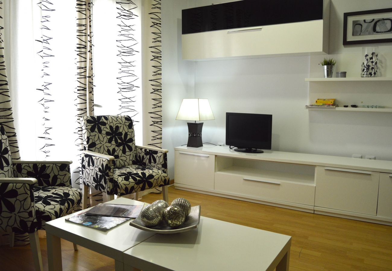 Apartment in Cádiz - Apartment for 4 people to 1 km beach