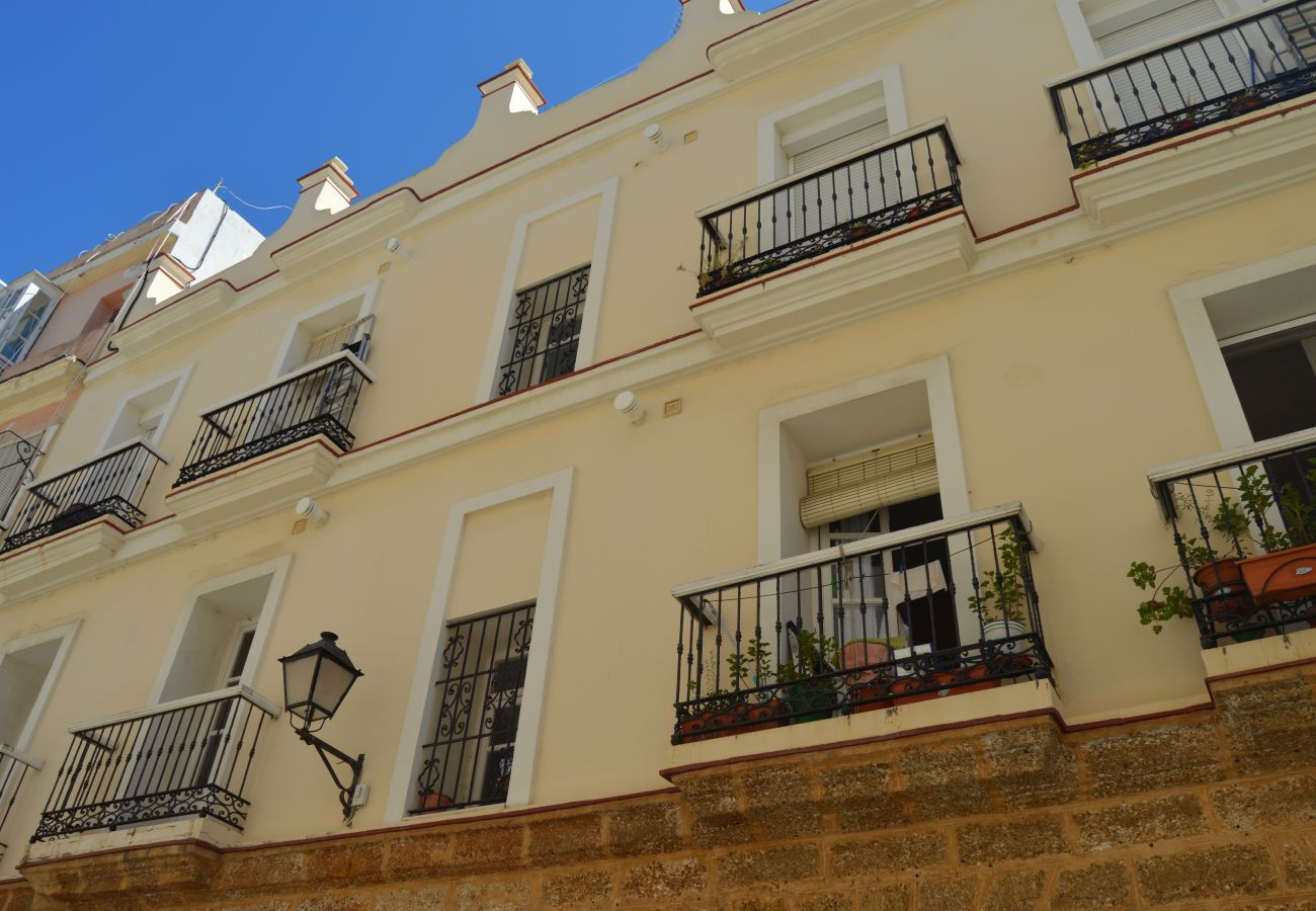 Apartment in Cádiz - Apartment for 4 people to 150 m beach