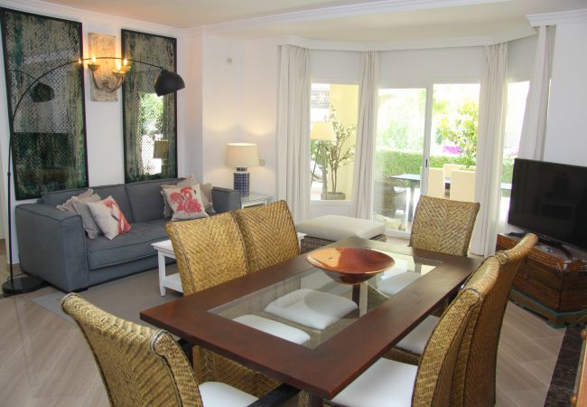 Apartment in Marbella - A (M.MA.HPL3) Excelente Apart.Hacienda Playa