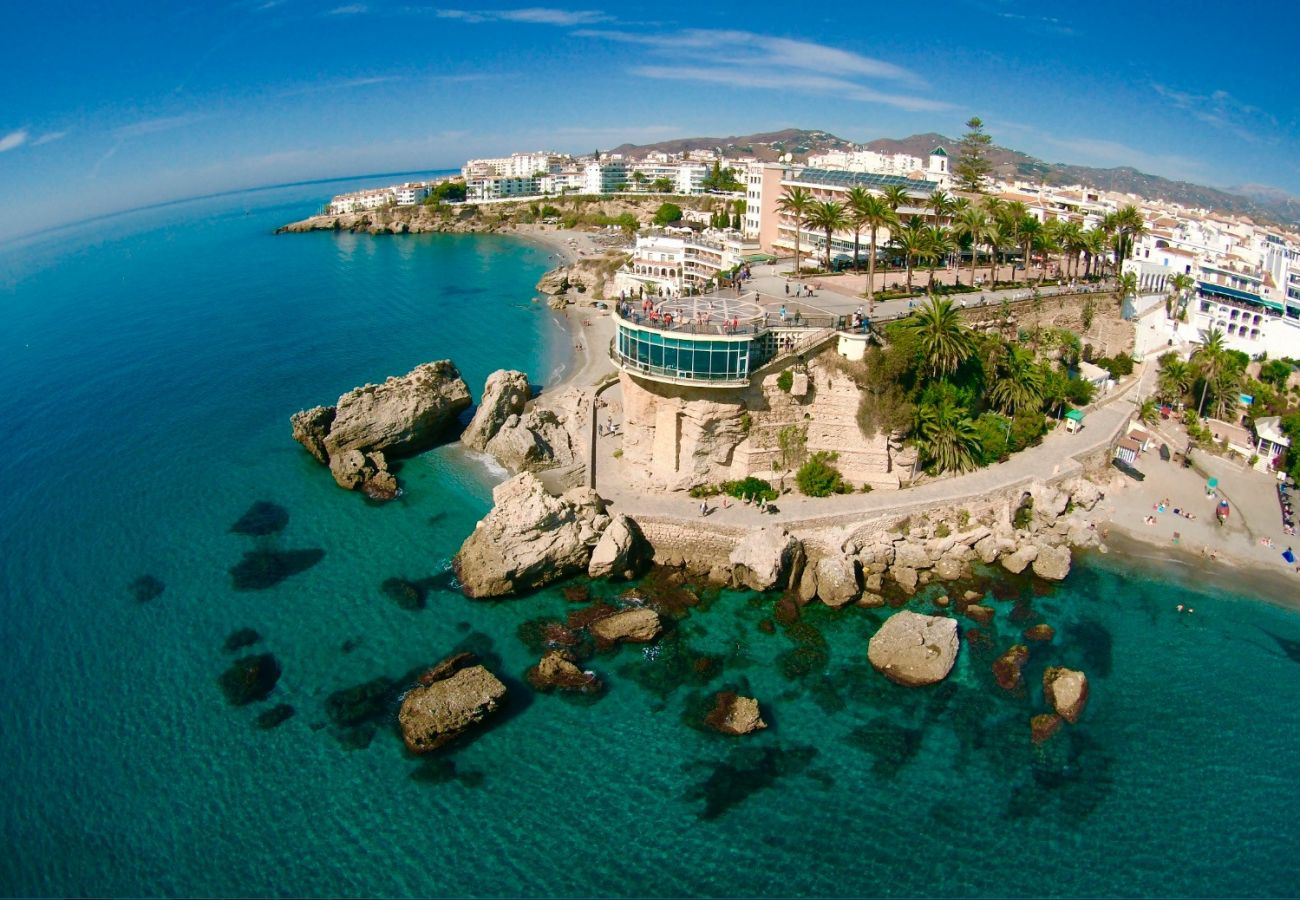 Apartment in Nerja - Apartment of 1 bedrooms to600 mbeach