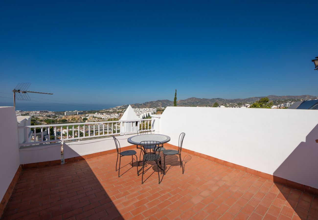 House in Nerja - House for 6 people to 2 km beach