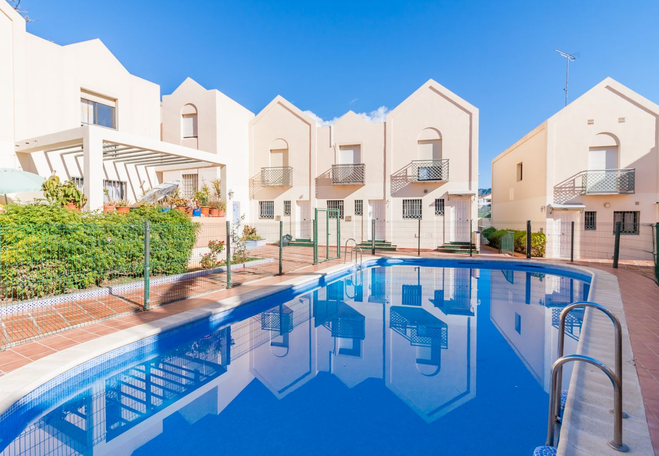 House in Nerja - House for 6 people to800 mbeach