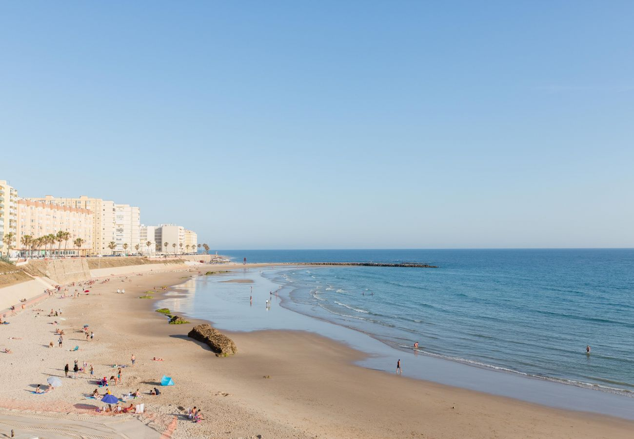 Apartment in Cádiz - Apartment with air-conditioned to 5 m beach