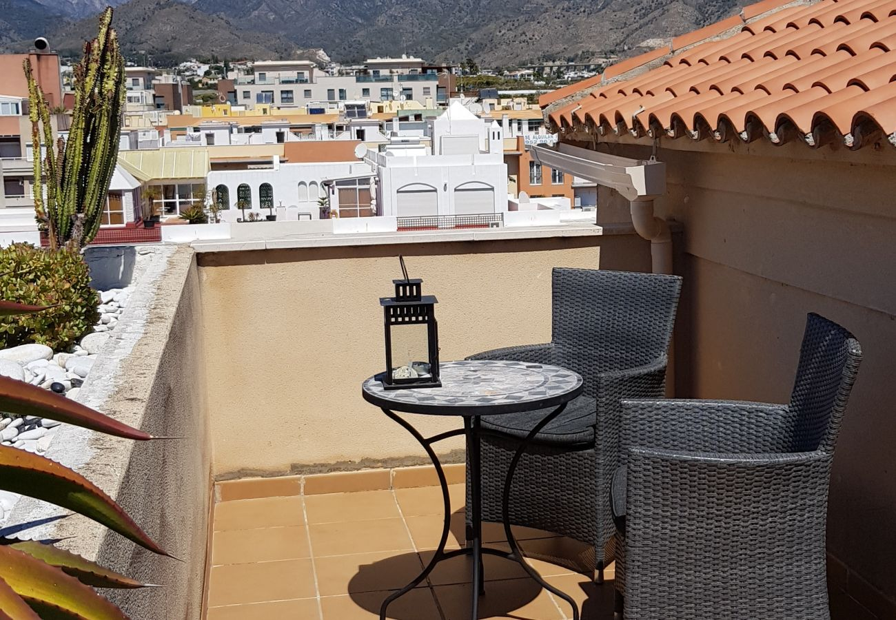 Apartment in Nerja - Apartment with swimming pool to300 mbeach