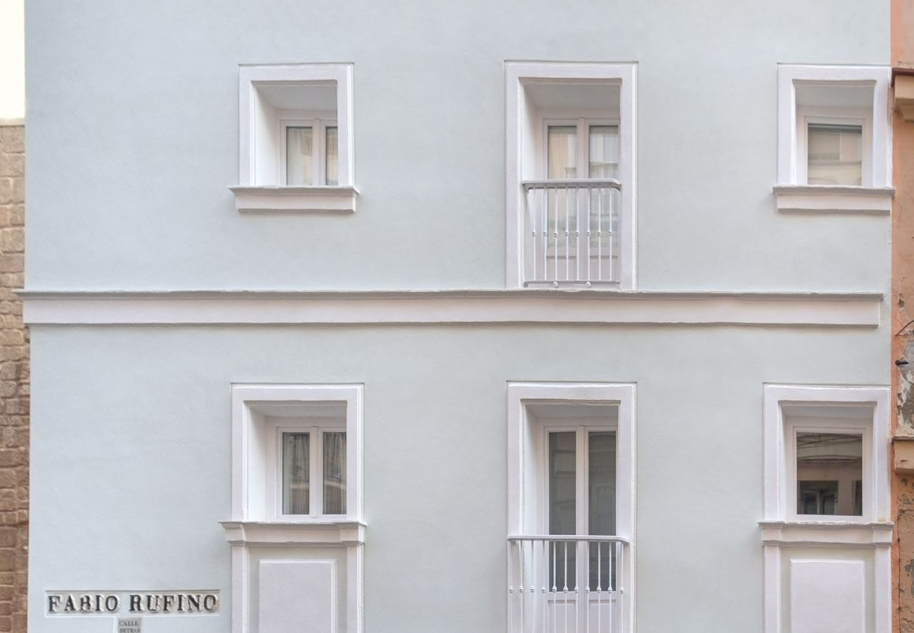Apartment in Cádiz - Apartment with air-conditioned to 1 km beach