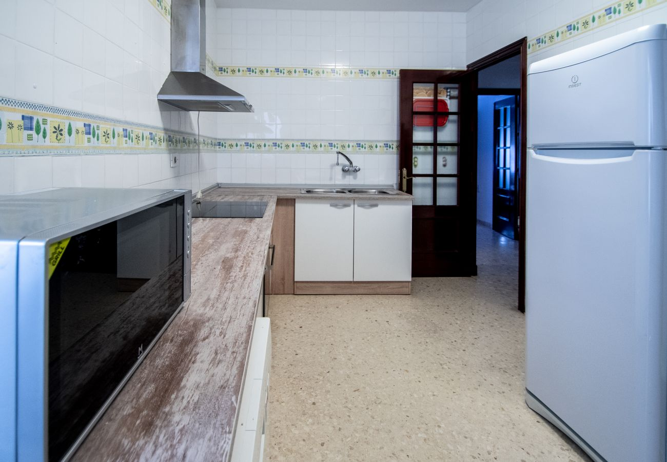 Apartment in Cádiz - Apartment for 6 people to 10 m beach