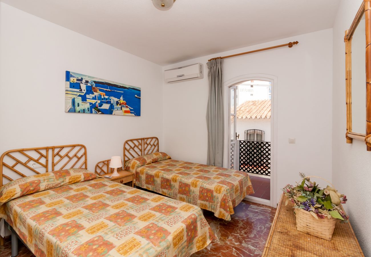 Townhouse in Nerja - Townhouse with swimming pool in Nerja