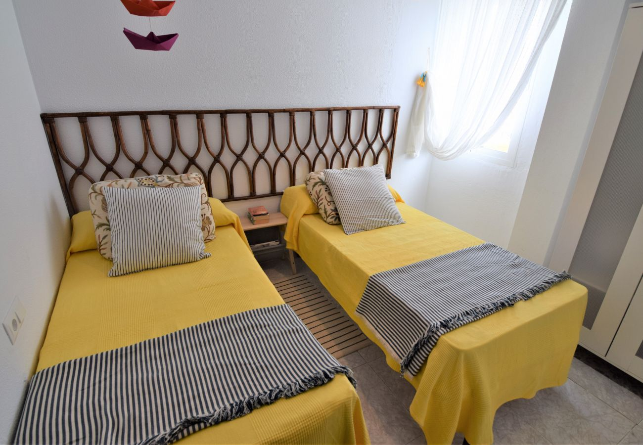 Apartment in Nerja - Apartment with swimmingpool to100 mbeach